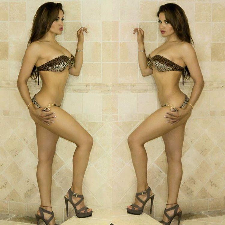 Hot Models Naked - HotCelebrities-vk.com