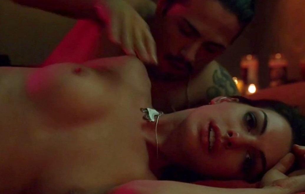 hathaway scene Anne havoc sex