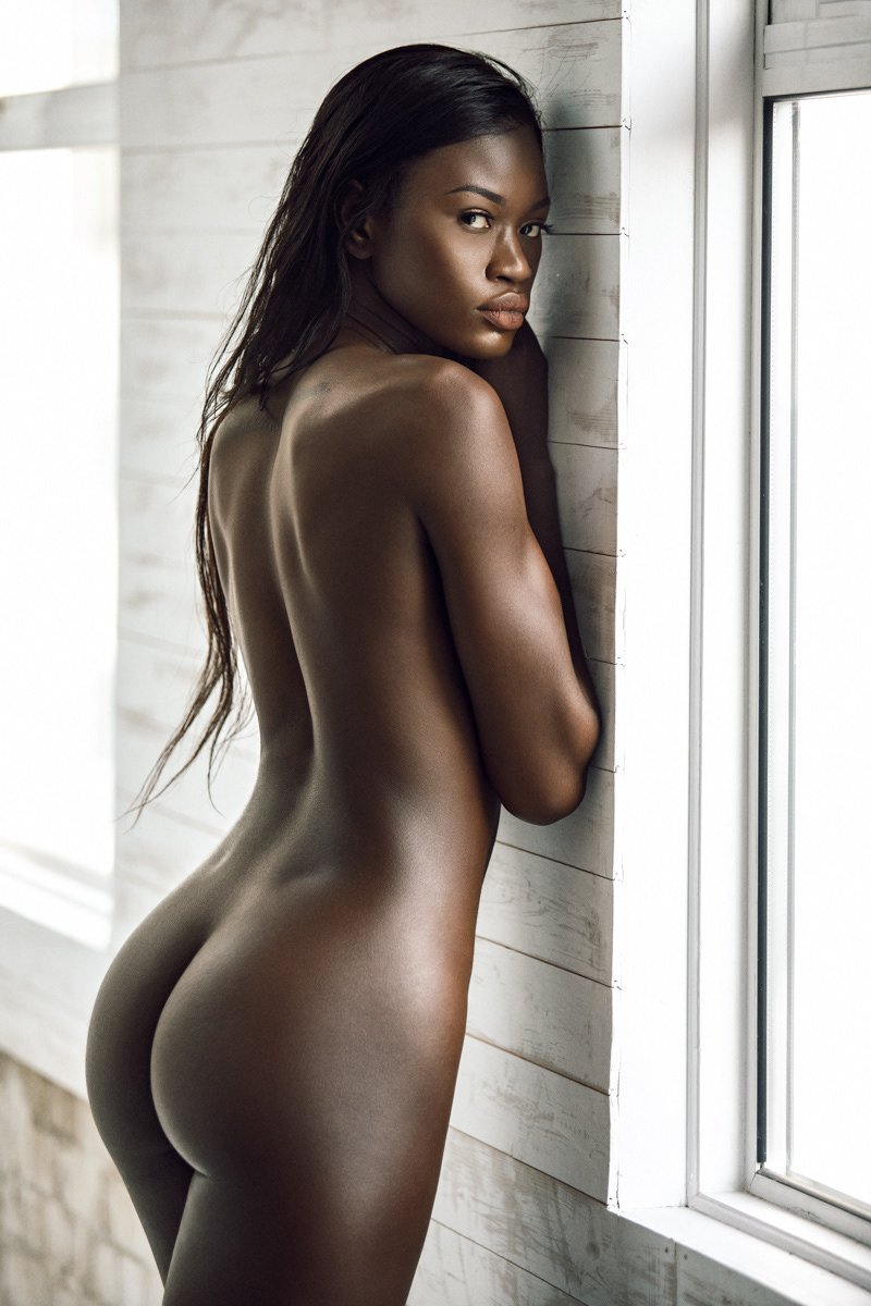 sexiest female celebrities naked