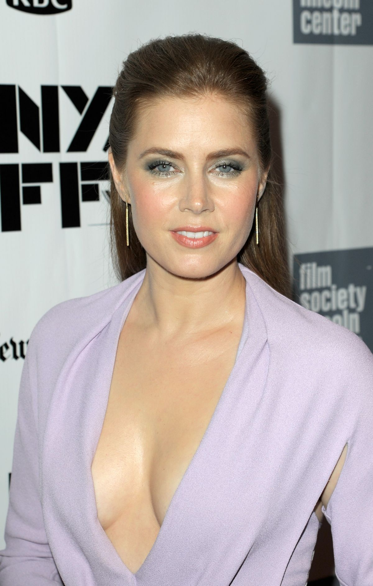 amy-adams-at-closing-night-gala-presentation-of-her-at-new-york-film-festival_9.jpg - 268.69 KB
