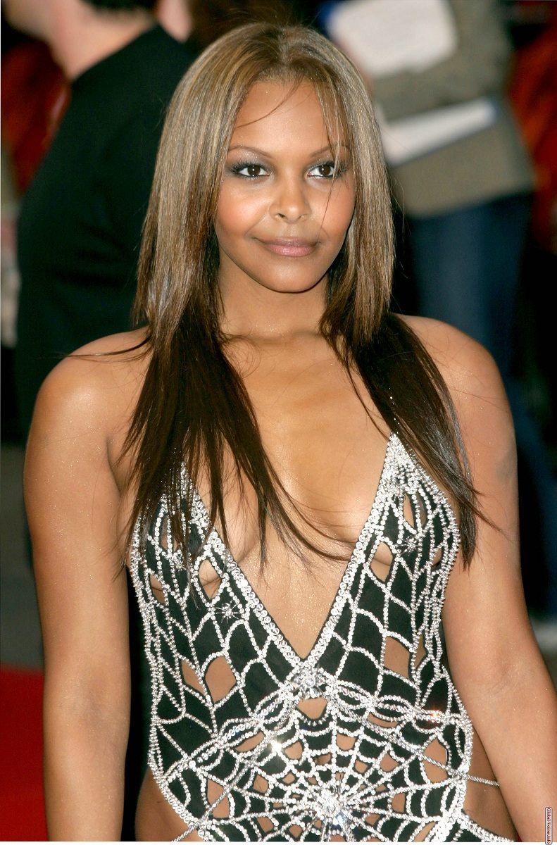 87034_SamanthaMumba_Spider_Man2UK.jpg - 378.50 KB