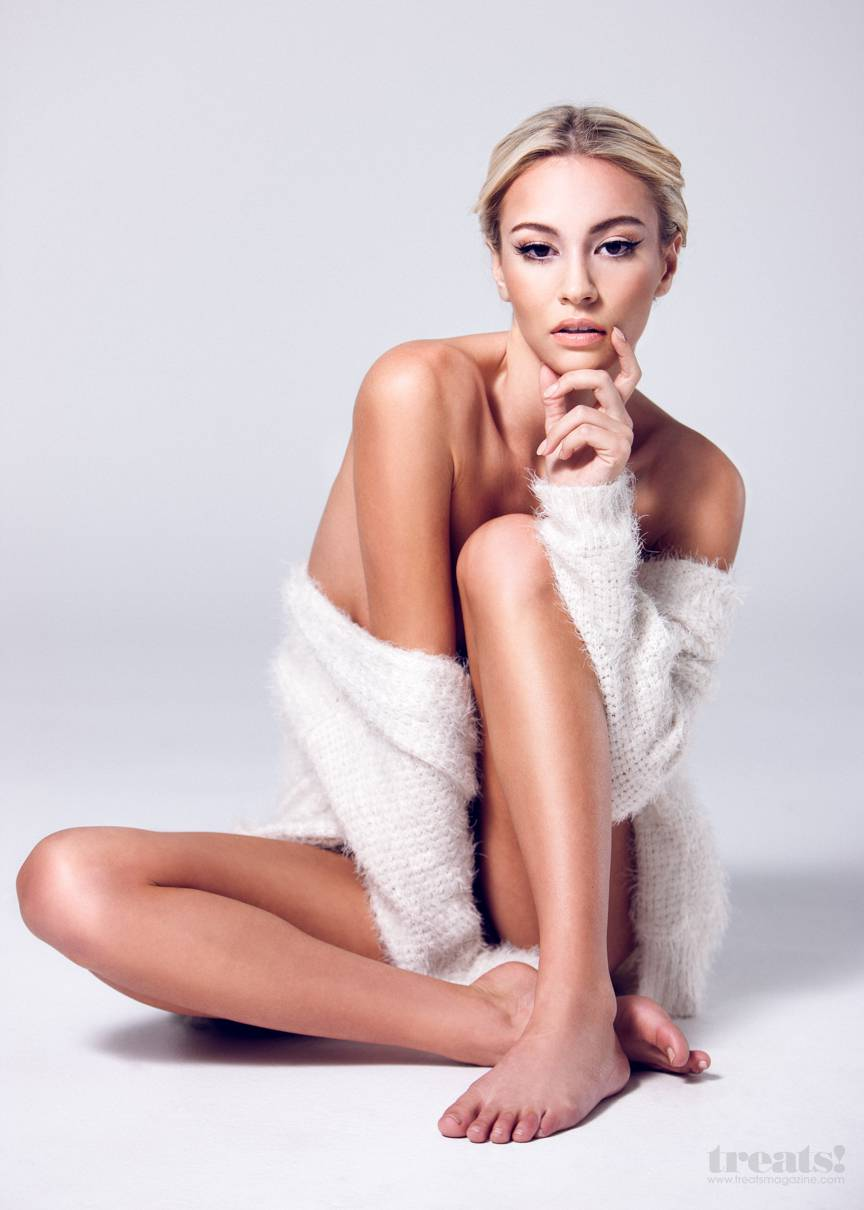 Bryana-Holly-9.jpg - 62.27 KB