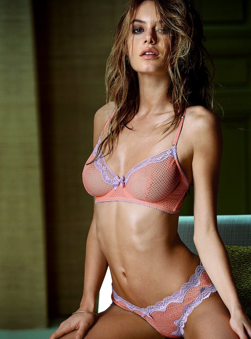 camille-rowe-victoria-s-secret-february-2014_3.jpg - 117.16 KB