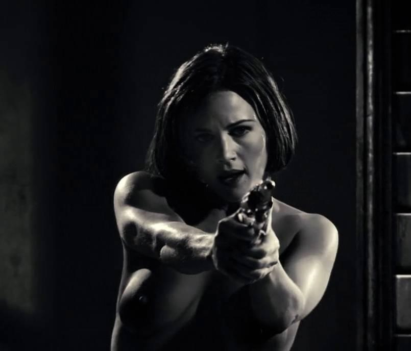 carla-gugino-topless-breasts-grace-sin-city-4768-13.jpg - 49.36 KB