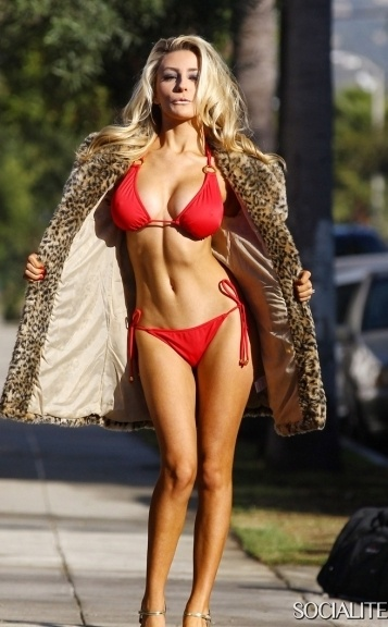 Courtney Stodden 4146_big.jpg - 78.45 KB