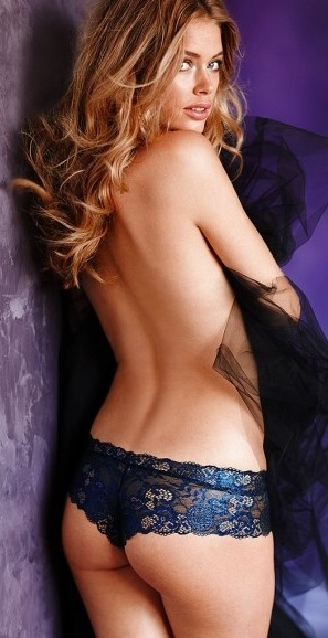 Doutzen Kroes 3725_big.jpg - 61.66 KB