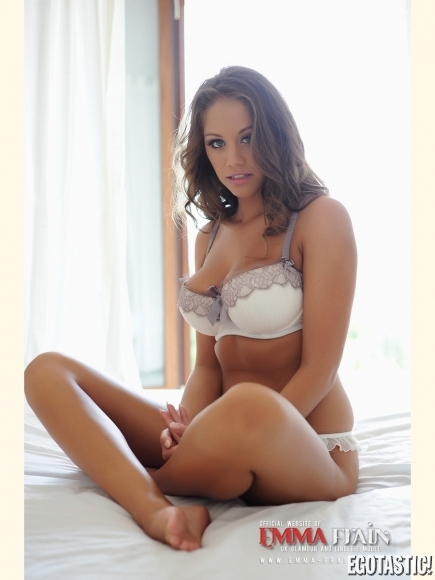 emma-frain-white-lingerie-website-shoot-02-435x580.jpg - 137.08 KB