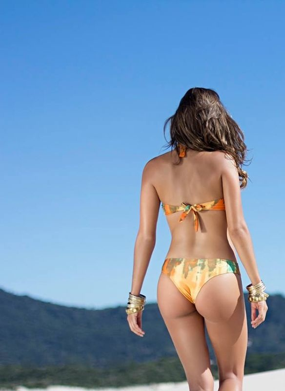 isabela-soncini-sol-de-barra-swimwear-2014-issue_12.jpg - 58.00 KB