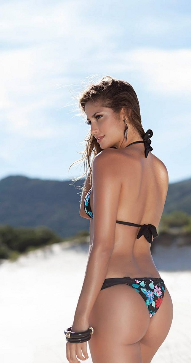 isabela-soncini-sol-de-barra-swimwear-2014-issue_8.jpg - 130.68 KB