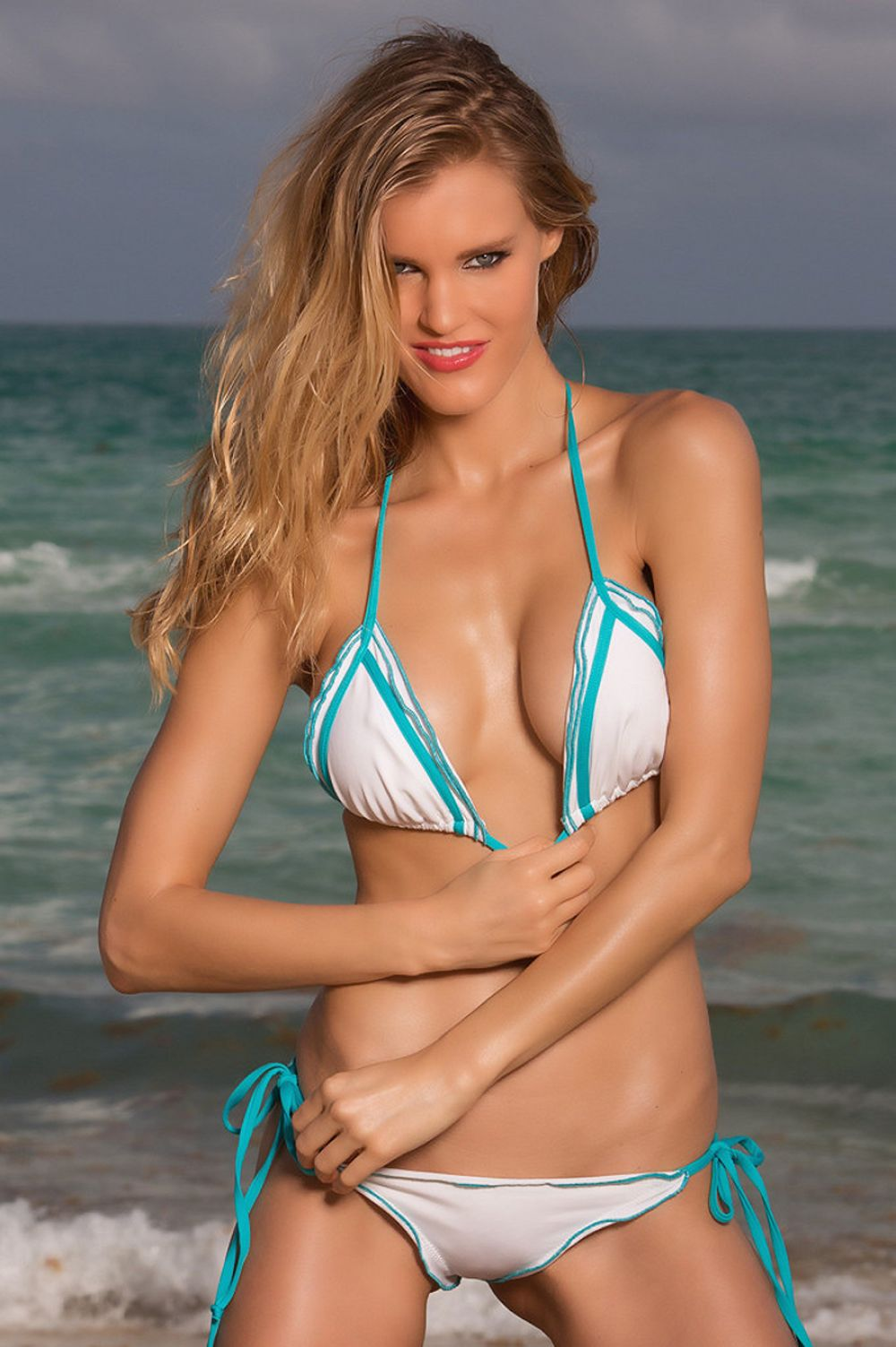 joy-corringan-summerlove-swimwear-2014-collection_11.jpg - 141.39 KB