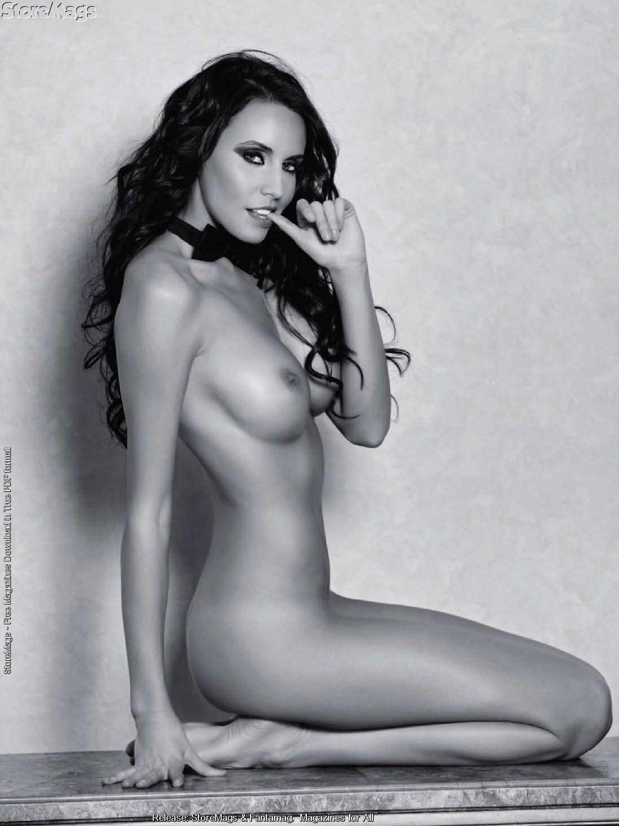 pamela anderson fully naked