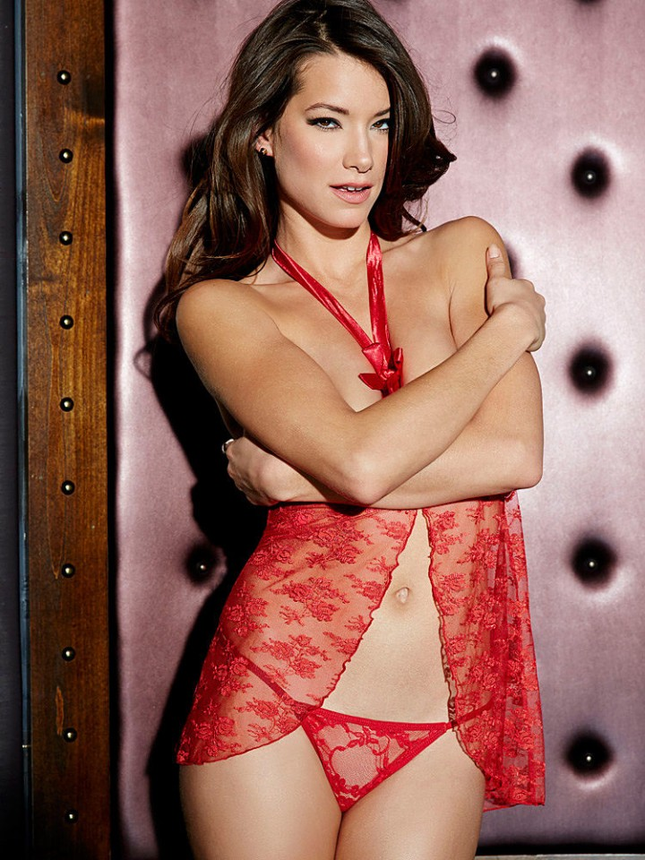 Lauren-Young -Fredericks-of-Hollywood-Lingerie-2014--08-720x960.jpg - 185.98 KB