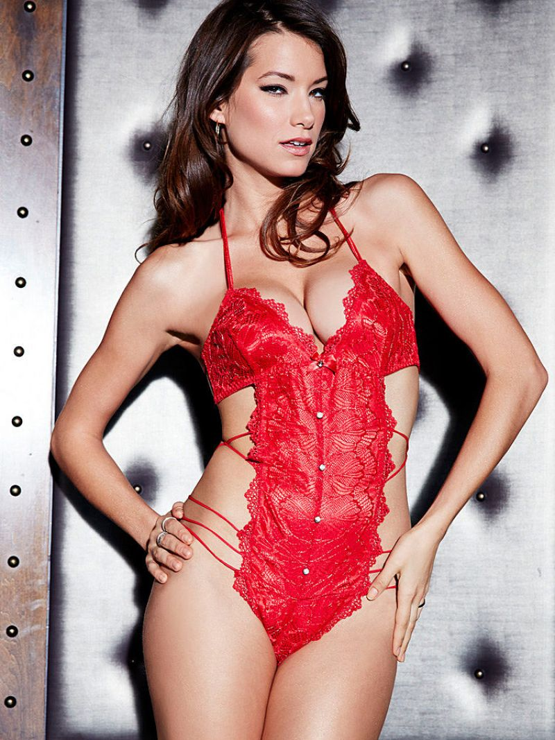 Fredericks of hollywood midnight lingerie