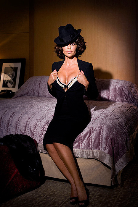 lisa-rinna-playboy-pic.jpg - 105.53 KB