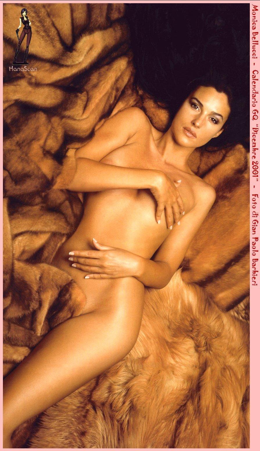 monica bellucci nude hot