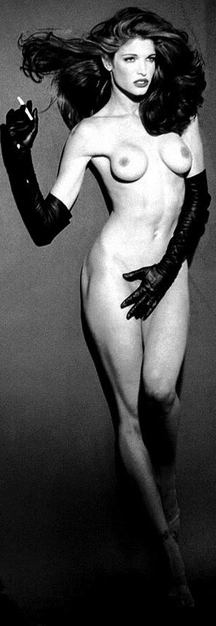 stephanie-seymour-nude-in-black-and-white-photos-1109-5.jpg - 113.60 KB