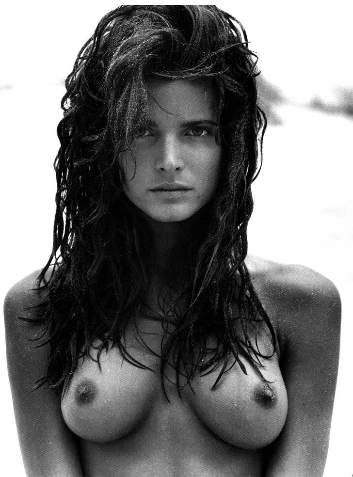 stephanie-seymour-nude-in-black-and-white-photos-1109-9.jpg - 95.30 KB