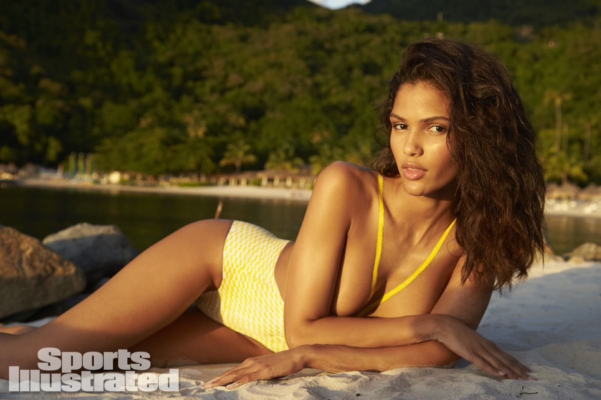cris-urena-in-sports-illustrated-2014-swimsuit-issue_29.jpg - 106.65 KB