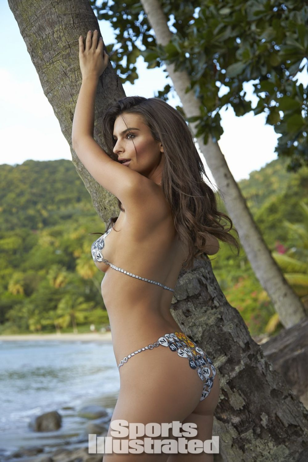 emily-ratajkowski-in-sports-illustrated-2014-swimsuit-issue_11.jpg - 176.86 KB