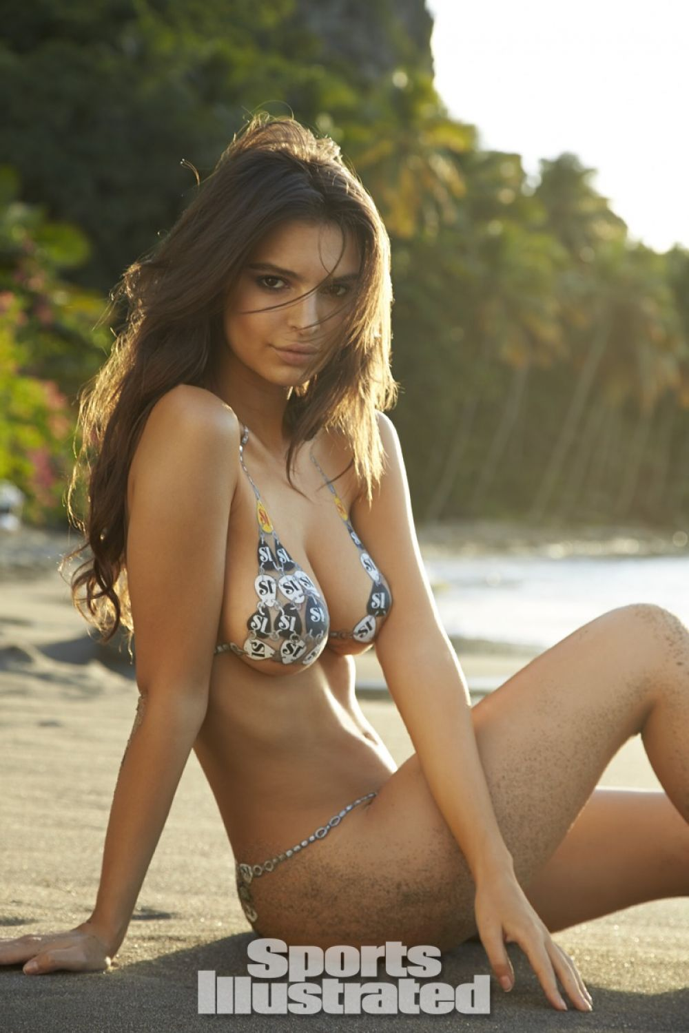 emily-ratajkowski-in-sports-illustrated-2014-swimsuit-issue_12.jpg - 135.26 KB