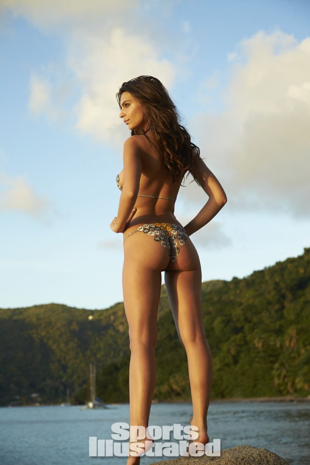 emily-ratajkowski-in-sports-illustrated-2014-swimsuit-issue_16.jpg - 104.95 KB
