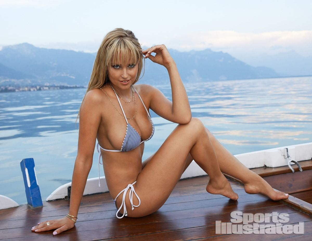 genevieve-morton-in-sports-illustrated-2014-swimsuit-issue_15.jpg - 111.29 KB