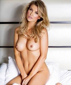 Sexy naked pink supermodels