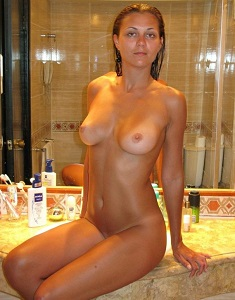 amateur-girls-naked-1547f.jpg