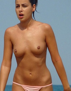 amateurs-on-the-beach-part108126.jpg