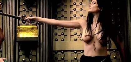 eva-green-topless-in-300-rise-of-an-empire-19.jpg