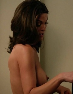alana-de-la-garza-nude-in-are-you-here-8687-15.jpg