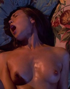 courtney-ford-nude-scenes-on-dexter13.jpg