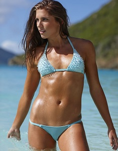 alex-morgan-in-sports-illustrated-2014-swimsuit-issue_6.jpg