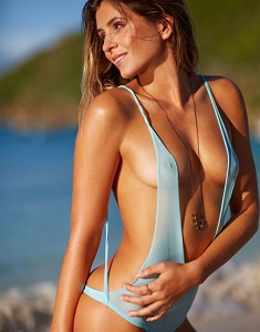 anastasia-ashley-in-sports-illustrated-2014-swimsuit-issue_5.jpg