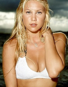 anna-kournikova-429-medium.jpg