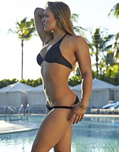 ronda-rousey-in-sports-illustrated-swimsuit-2015-issue-_14.jpg