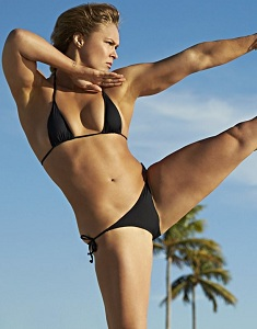 ronda-rousey-in-sports-illustrated-swimsuit-2015-issue-_26.jpg