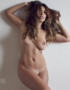 Holly-Peers-15vbn.jpg
