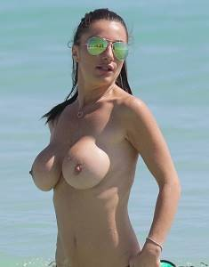 1-Priscilla-Salerno-Topless-Miami-Beach-2.jpg