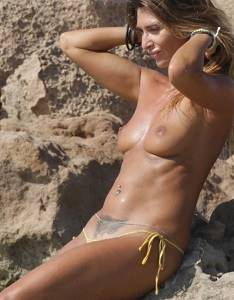 Italian Actress Rosy Dilettuso in Topless u.jpg