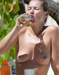 Kate-Moss-Topless-in-Jamaica-07-675x900.jpg