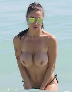 Priscilla-Salerno-Topless-Miami-Beach-1.jpg